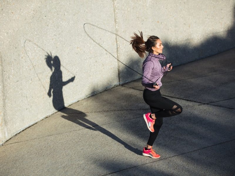 Springseil Speed Rope mit Trainings-eBook + Ersatzkabel